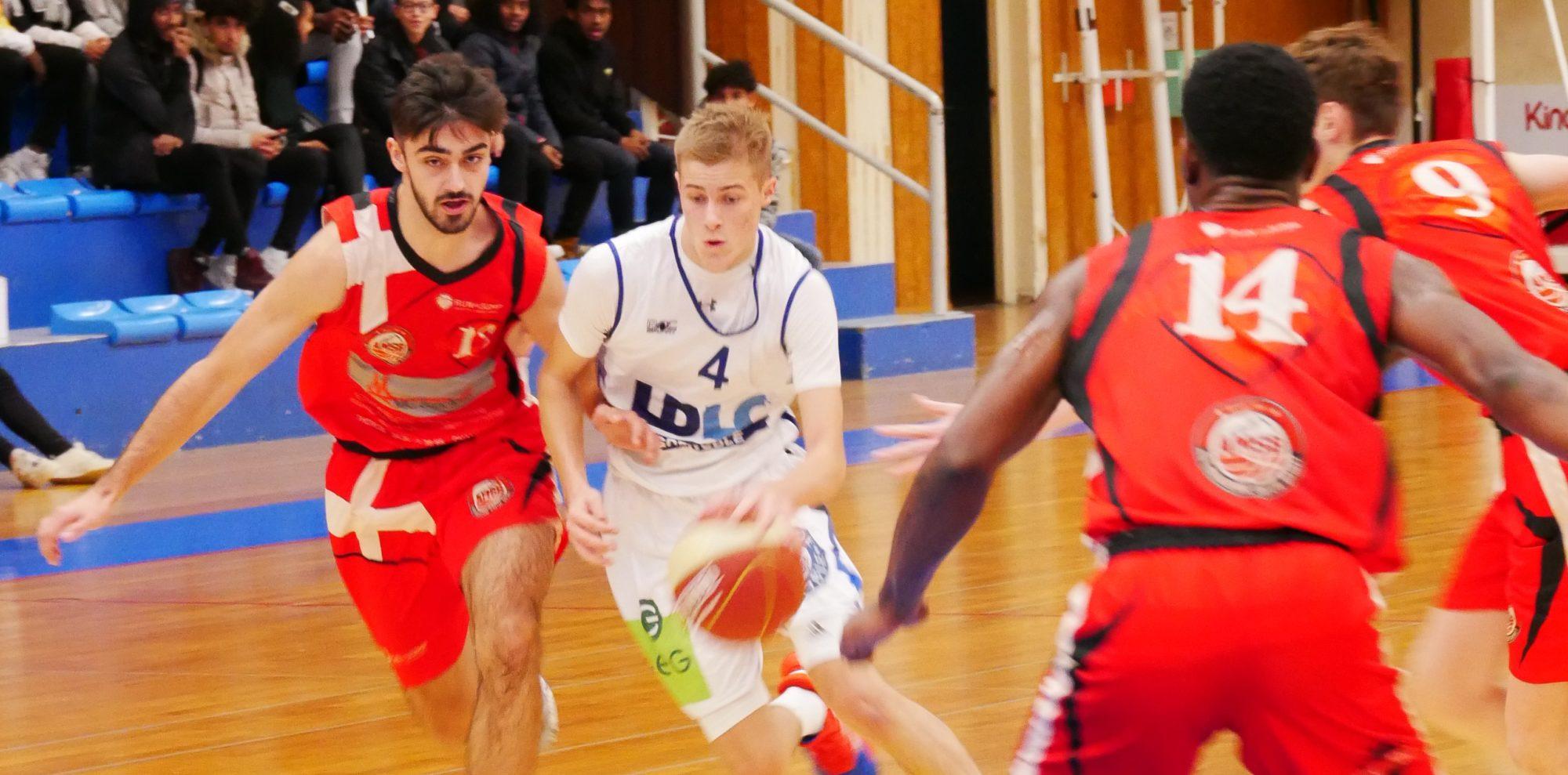Victoire des U18 contre Aix-Maurienne Savoie Basket